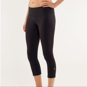 Lululemon Wunder Under Crop Reversible Blk Blue